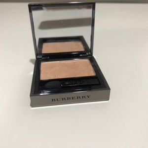Burberry sheer eye shadow